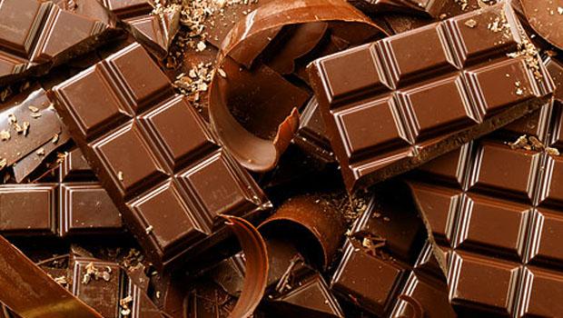 Raw vs. čokoláda, jaký vliv má na naše zdraví?