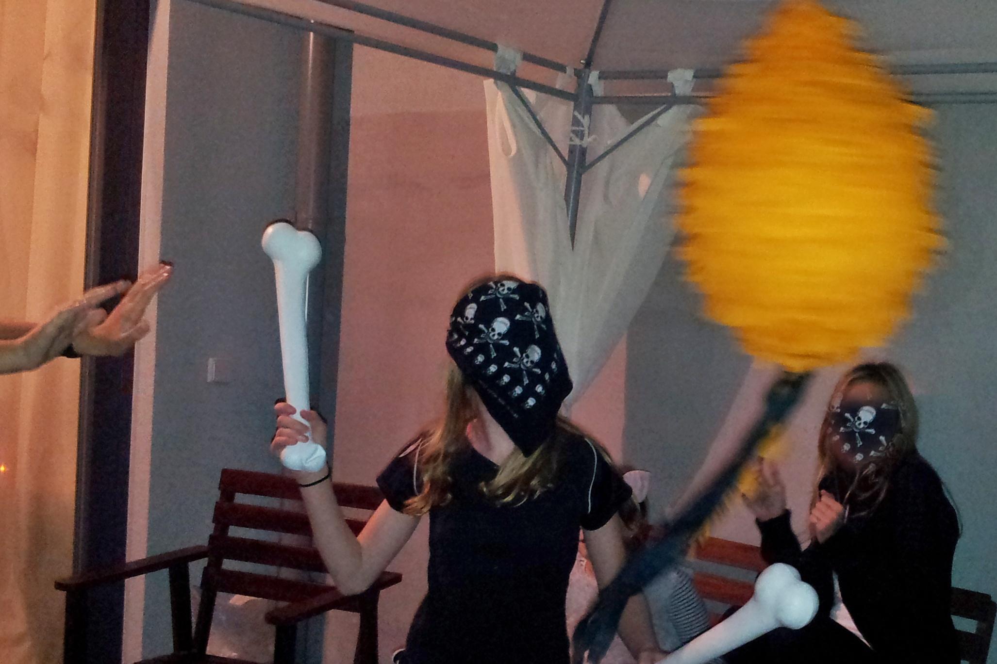 Piňata – kouzelná halloweenská výzdoba, která potěší nejen děti