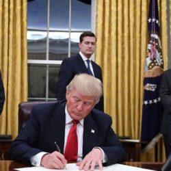 Trump oválná pracovna