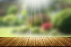 Zahradní relax: jak vybrat houpačku, lehátko nebo venkovní sedačku