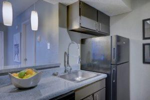 9 tipů, jak správně pečovat o lednici