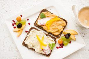 Zdravé snídaně, které doplní energii na celý den