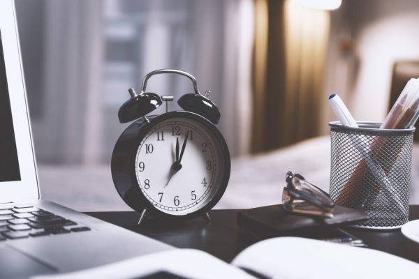 Práce z domova: jak zařídit domácí kancelář?