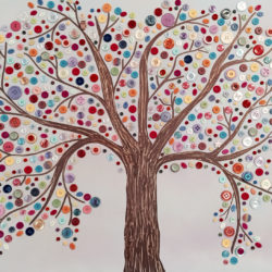 Knoflikový strom zvládnou i děti